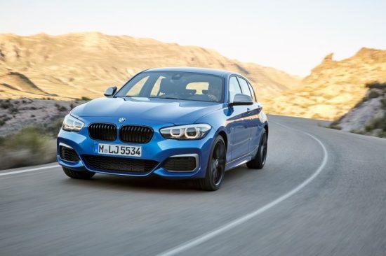 BMW M140i 2019 tem motor seis cilindros com 340 cv