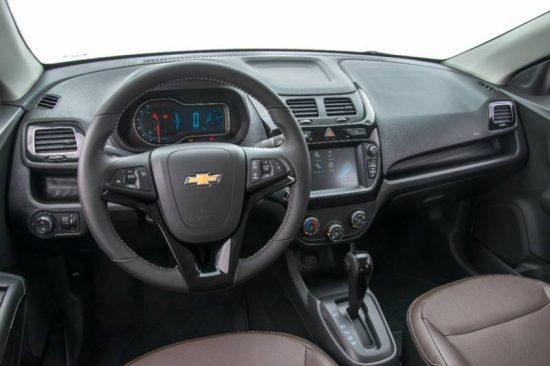 Chevrolet Cobalt, Onix, Prisma e Spin deverão passar por recall por risco de incêndio