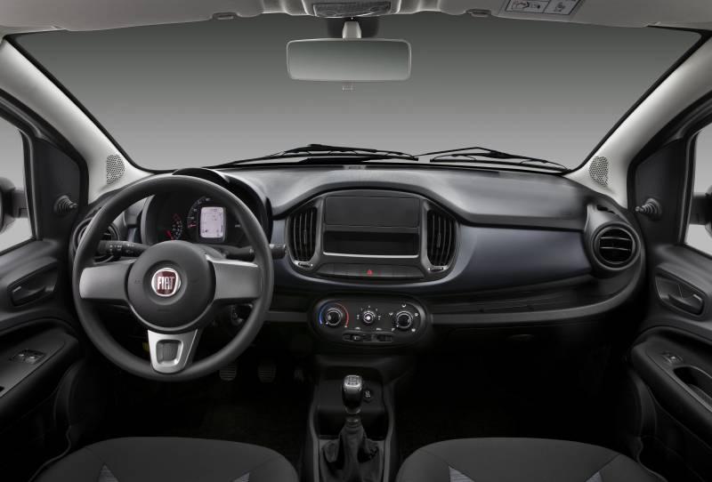 Interior do Fiat Uno Attractive 2019