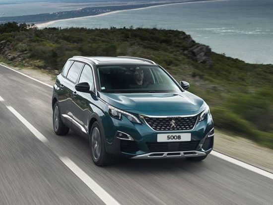 Elegância no novo SUV Peugeot 5008