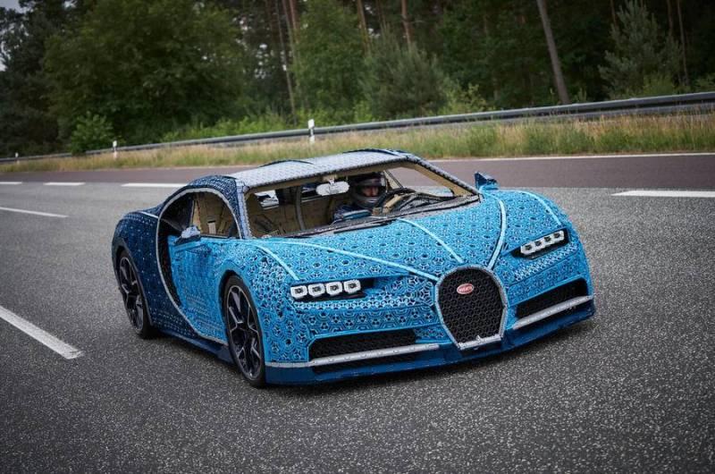 Você pode fazer seu próprio Bugatti Chiron em casa com peças de Lego