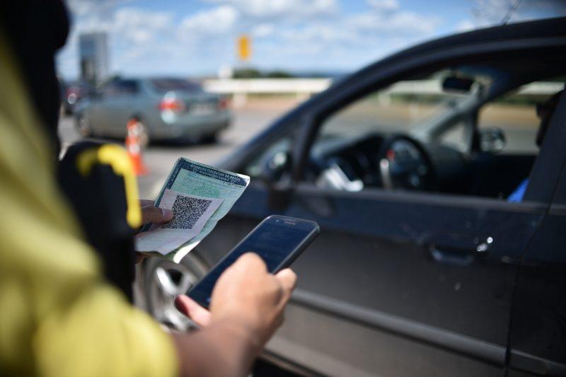 A carteira de habilitação digital passou a valer em todo o país, não é mais preciso ir a um posto do Detran (Foto: Andre Borges / Agência Brasília)
