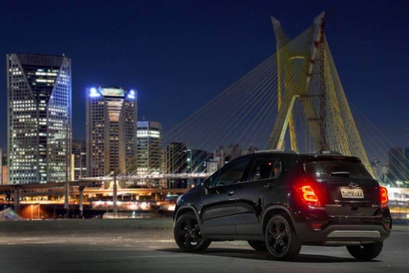 Chevrolet Tracker Midnight 2019