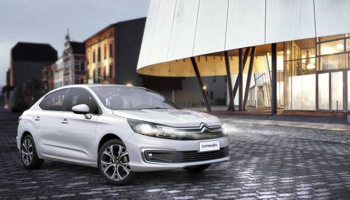Novo design do Citroen C4 Lounge agrada