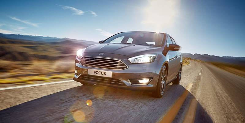 Ford Focus 2019 segue com design marcante como hatch ou fastback