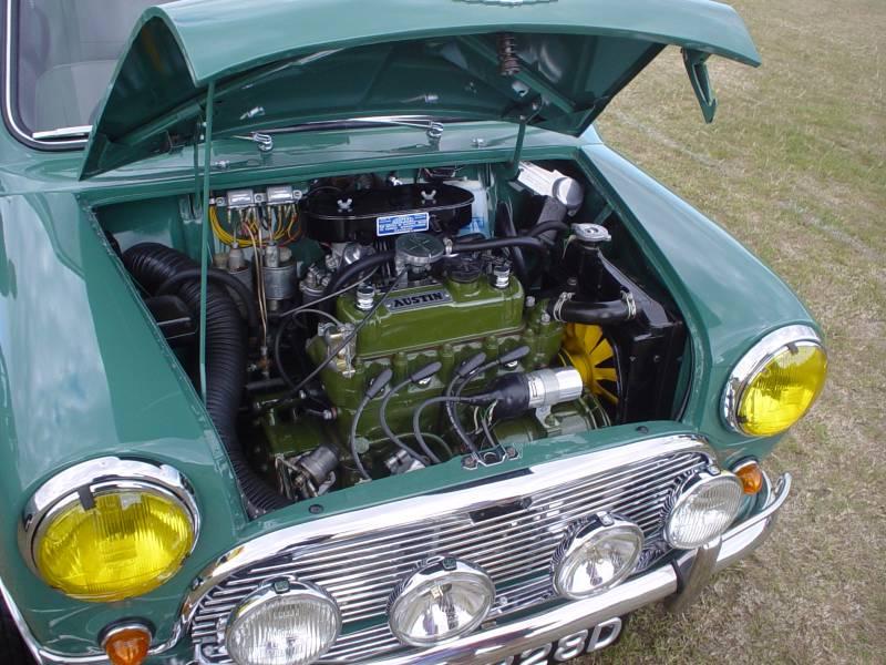 Motor transversal (foto: Andrew / Flickr)