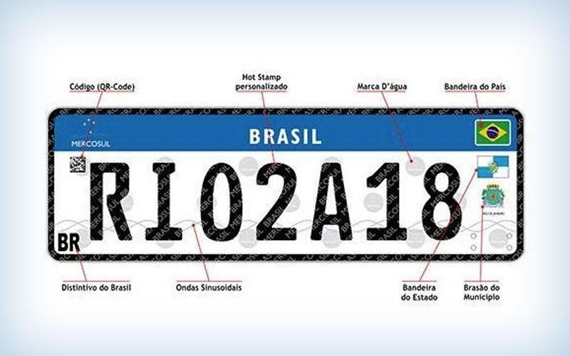 Nova placa brasileira para moto e carro segue padrão do Mercosul