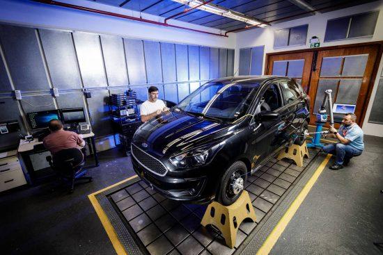 Conheça o campo de testes de carros da Ford