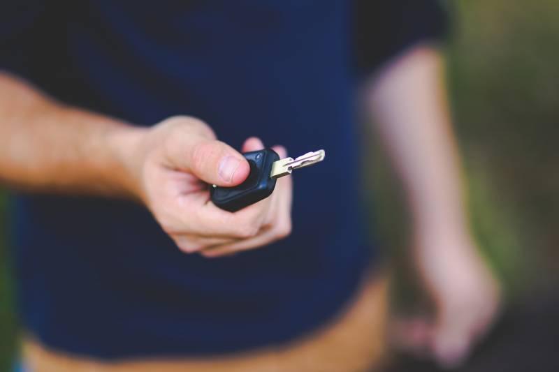 Como escolher a melhor concessionária para comprar carros novos ou usados