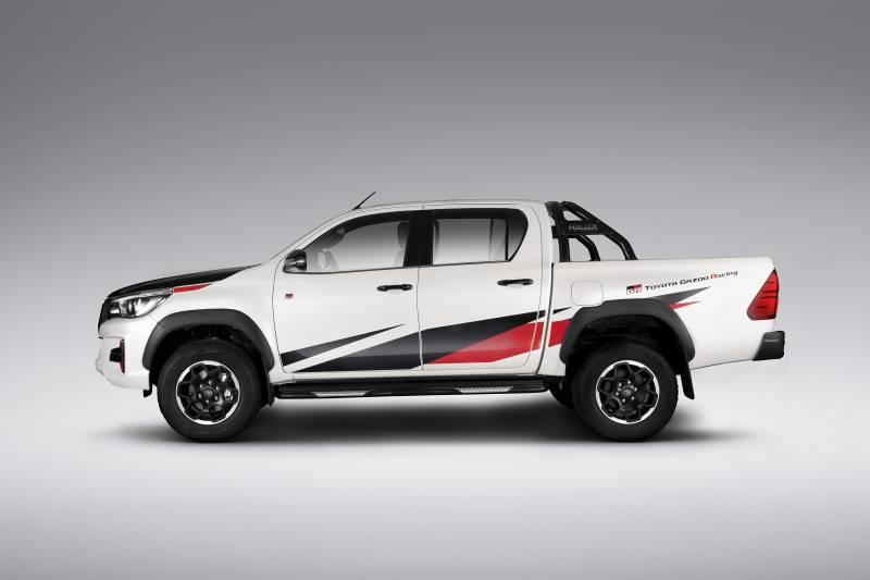 Conheça a nova Toyota Hilux GR Sport
