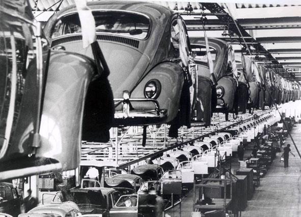 Linha de produção da fábrica de São Bernardo do Campo - Anos 70