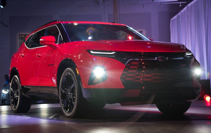 Visual do Chevrolet Blazer 2019 impressiona