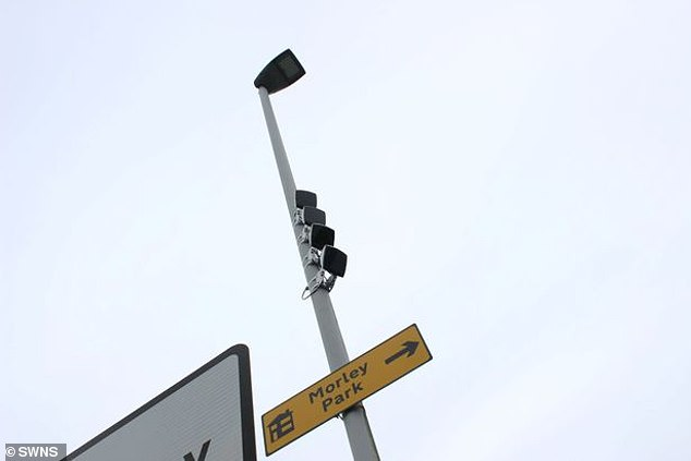 Câmeras de trânsito vão identificar quem estiver usando o celular enquanto dirige