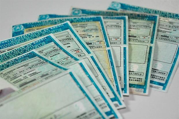 Entra em vigor lei que estipula perda da CNH para quem usar veículo para contrabando (foto: DETRAN-PR)