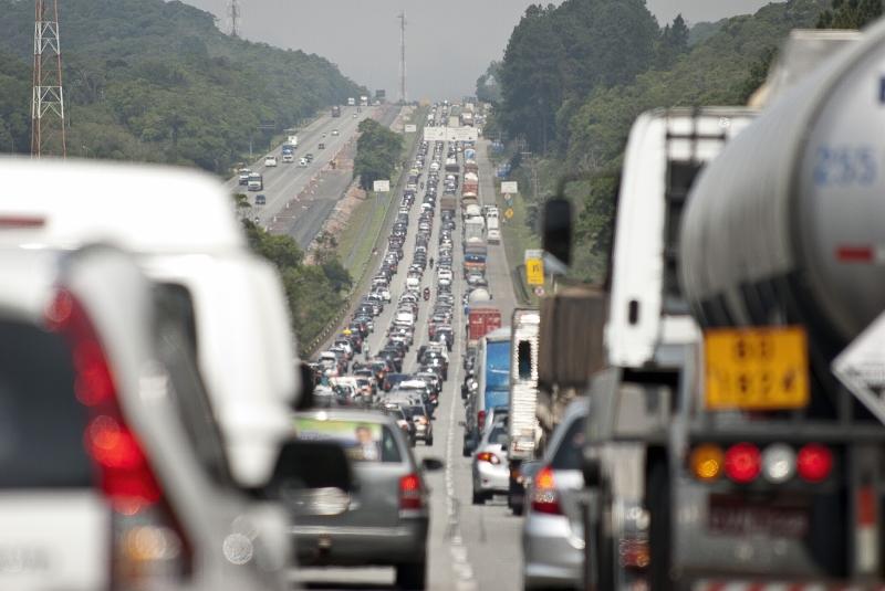 Saiba como fazer o recurso de multa de trânsito grátis
