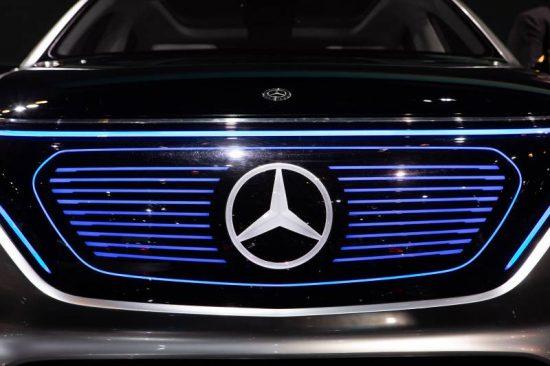 Mercedes-Benz mantém liderança mundial em automóveis