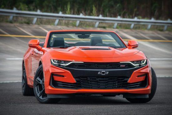 Vídeo: Novo Camaro 2019 aparece com visual renovado