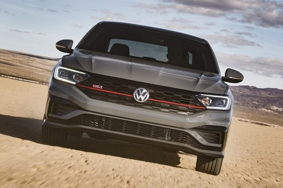 Volkswagen Jetta GLI 2019 tem motor de Golf GTI