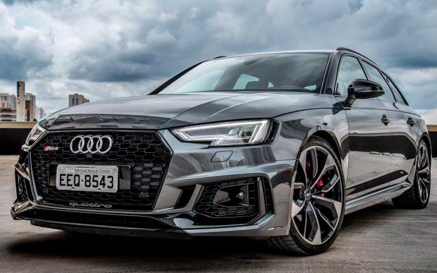Audi RS 4 Avant chega ao Brasil com 450 cv de potência