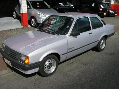 O último modelo do Chevette, modelo L fabricado em 1993 com acabamento similar ao do Chevette Júnior, mas equipado com um motor 1.6/S.