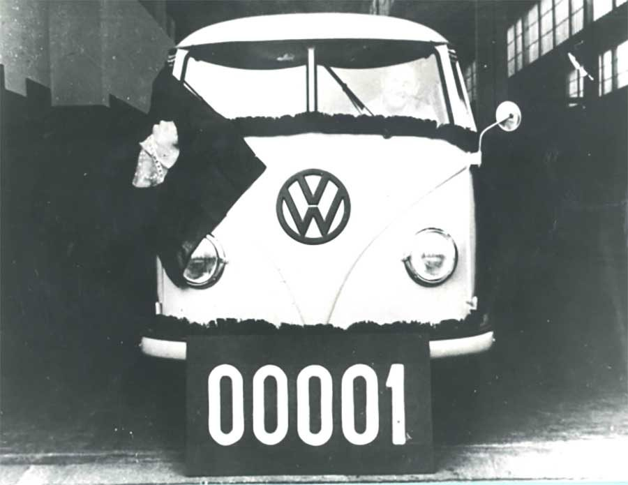 1957 - 1ª Kombi fabricada no Brasil 1957