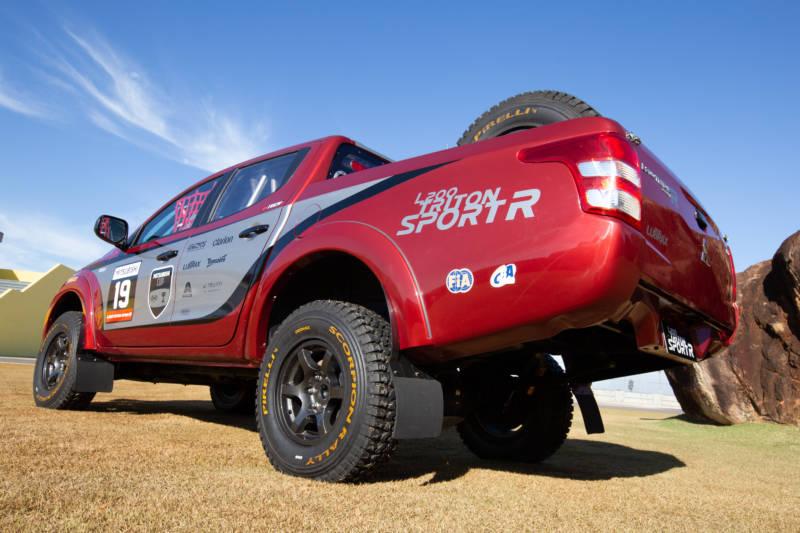 Mitsubishi L200 Triton Sport R faz sua estreia nas pistas