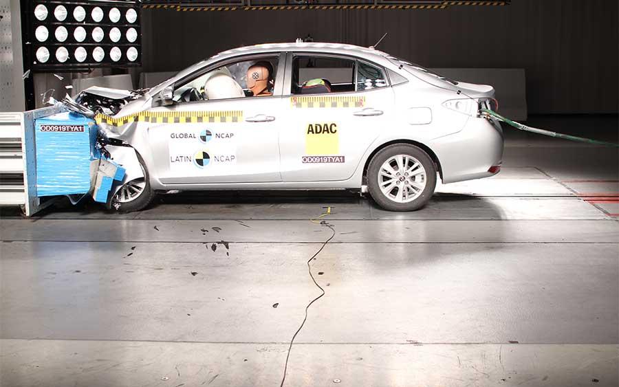 Toyota Yaris passa no teste de impacto