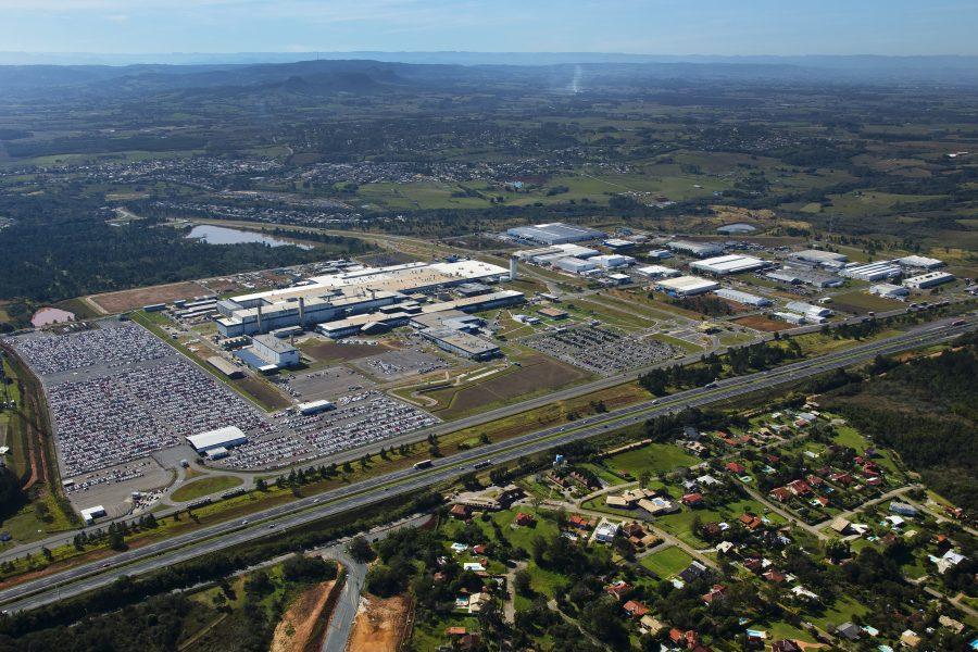 Vista aérea do complexo industrial da GM em Gravataí