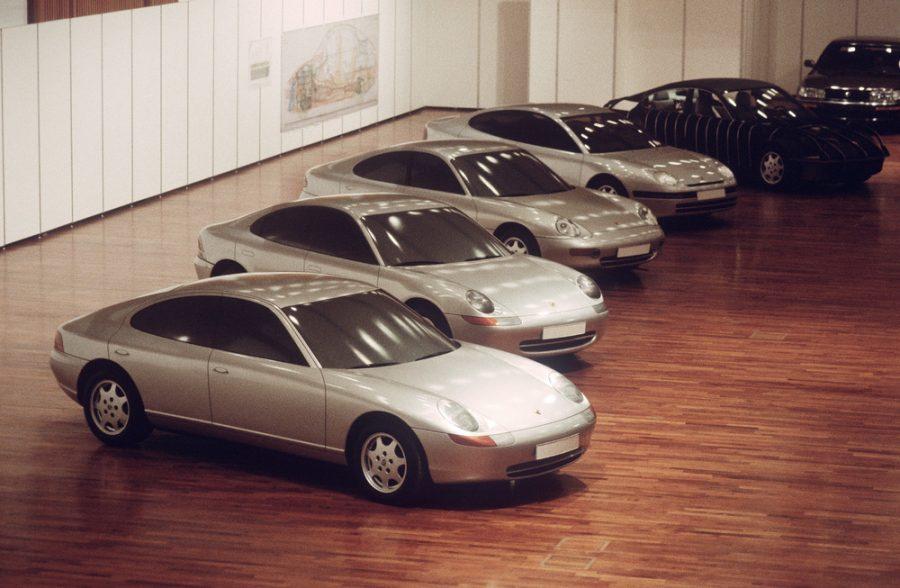 Protótipo quatro-portas dos anos 90: O 989
