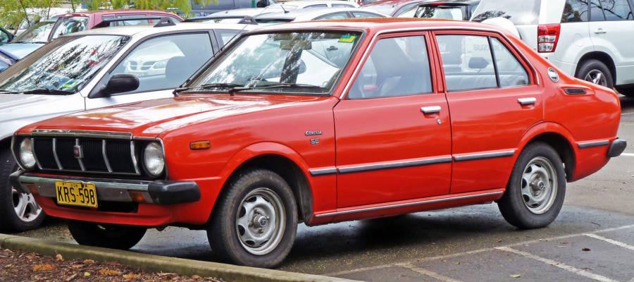 Terceira geração do Corolla (foto: OSX / wikimedia)