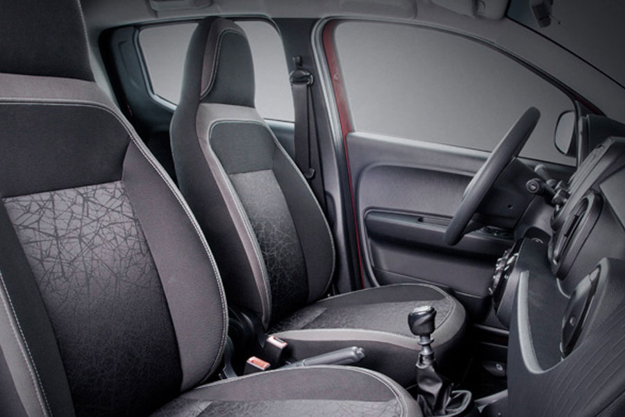 Interior do Fiat Mobi