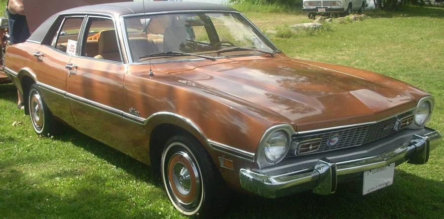 Maverick 1973 4 portas sedan (foto: Bull-Doser / wkimedia)