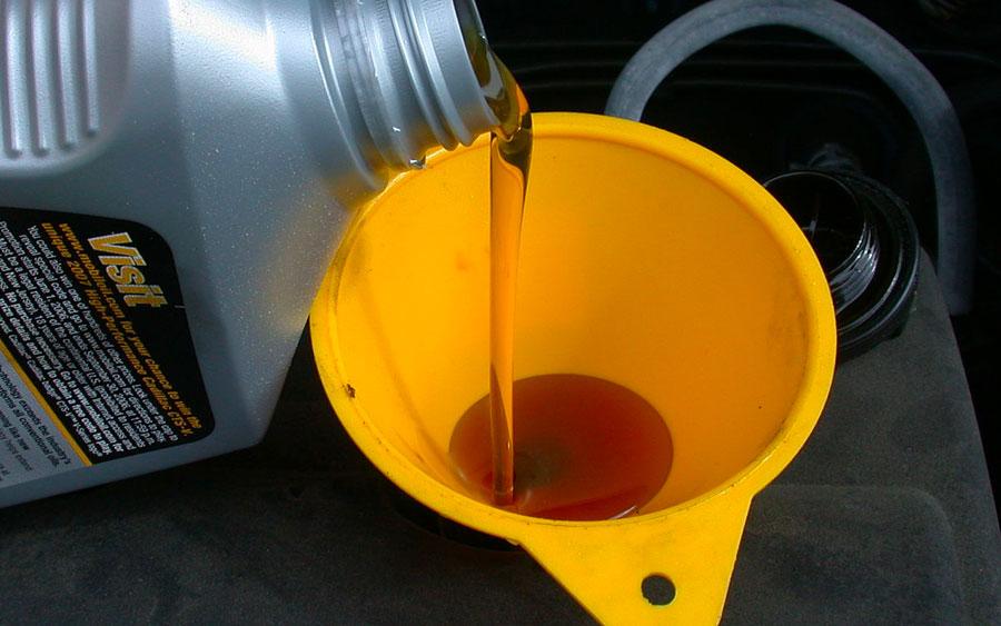Tudo sobre óleo lubrificante do seu carro