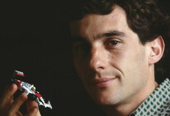 Ayrton Senna merece ser reconhecido como herói da Pátria?