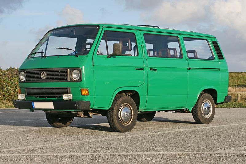 VW T3 Transporter - fabricada entre 1979 e 1992 (foto: Sven Storbeck / Wikimedia)