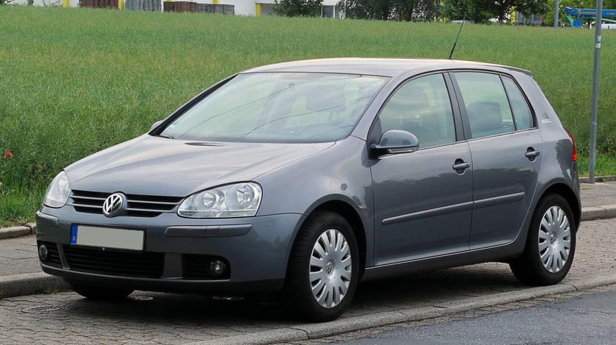 Volkswagen Golf MK V (foto: M 93 / wikimedia)