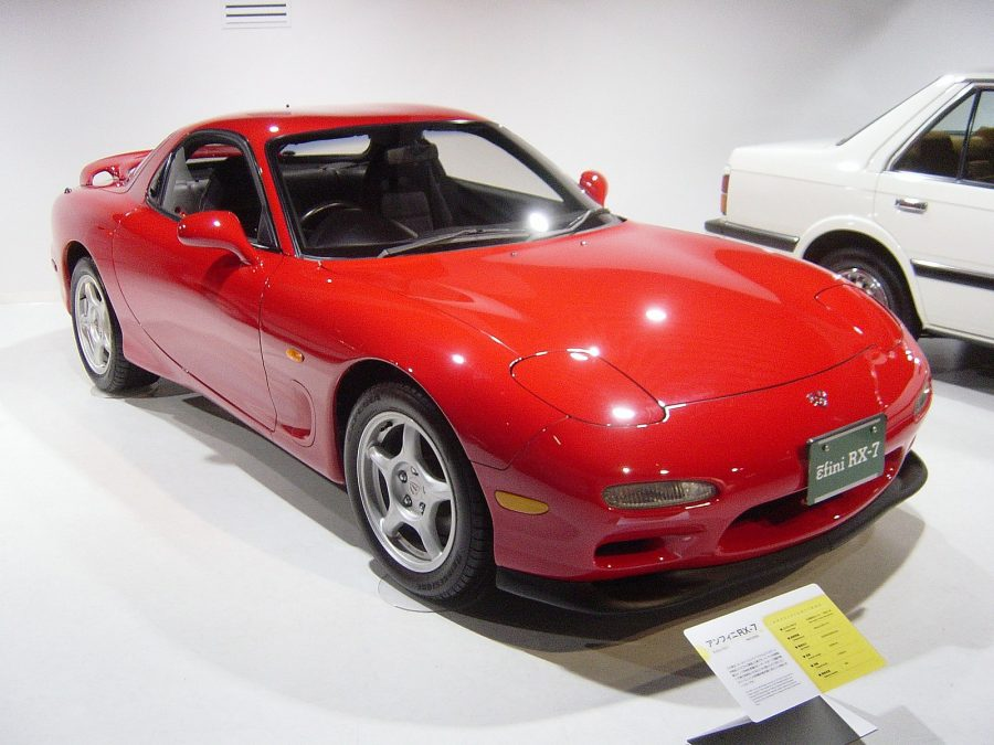 Mazda RX-7 - Terceira geração (foto: Taisyo / wikimedia)