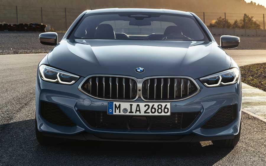 BMW Série 8 Coupé já pode ser comprado no Brasil