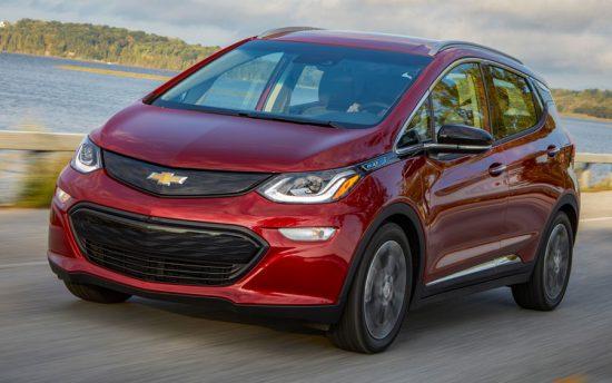 Chevrolet Bolt é o primeiro carro elétrico da marca no Brasil