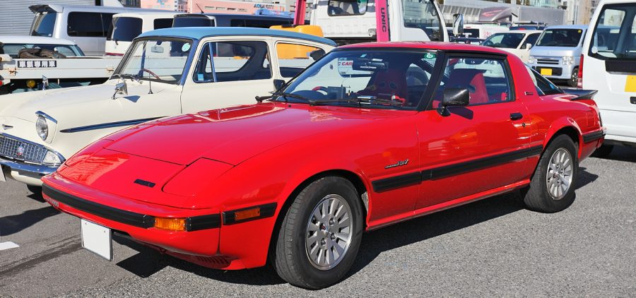 Mazda Savanna RX-7 Turbo (foto: Tennen-Gas / wikimedia)