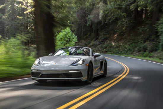 Porsche 718 GTS: esportividade sobre rodas Cayman ou Boxster