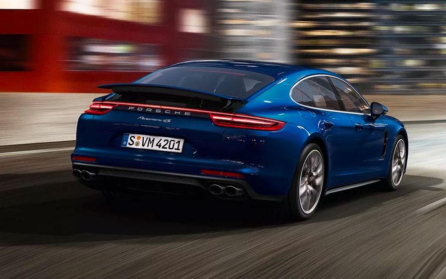 Porsche Panamera 4S Sport Turismo transborda luxo