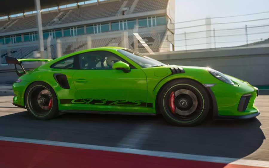 Porsche 911 GT3 RS é um campeão das pistas, uma lenda