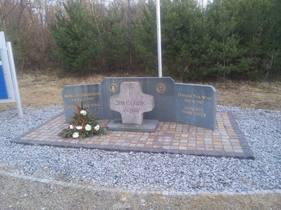 Homenagem a Jim Clark perto de pista de Hockenheimring (foto: Jernejl / wikimedia)