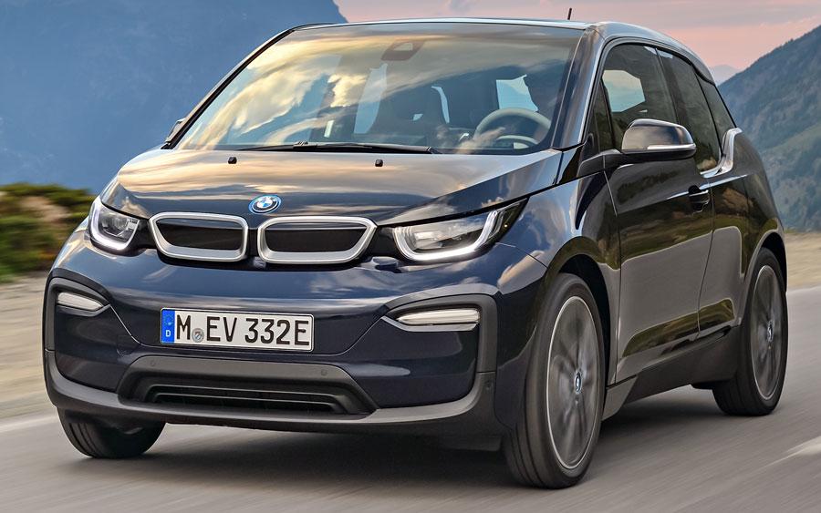 BMW amplia rede de recarga para carros híbridos e elétricos no Brasil