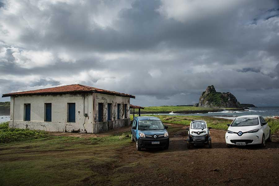 Fernando de Noronha recebe carros 100% elétricos