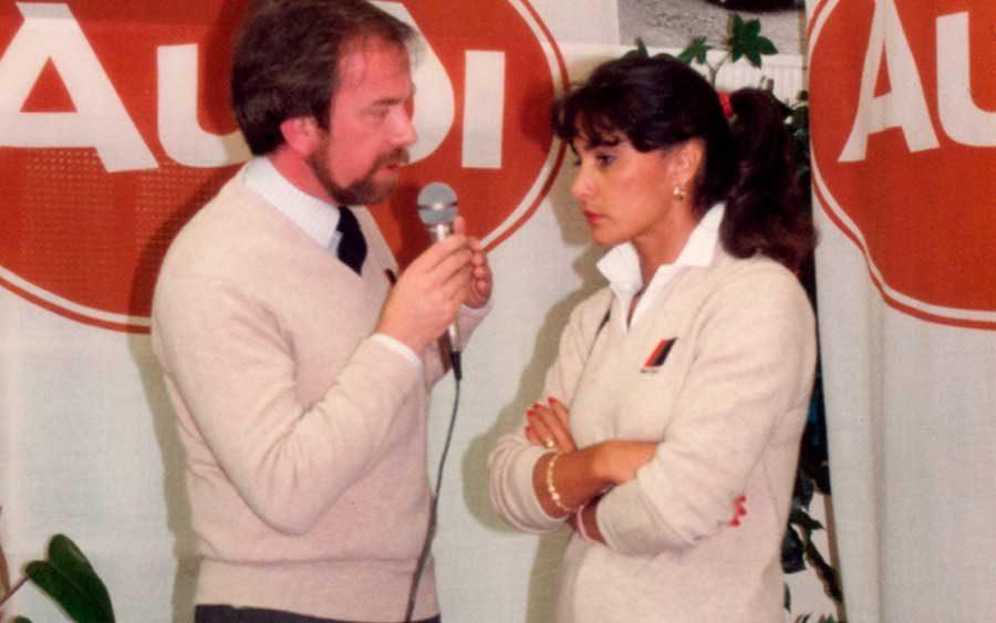 Michèle Mouton em entrevistada no JB Volkswagen em Cardiff na véspera do Rally Internacional Galês de 1985 (foto; David AL Hilling / wikimedia)