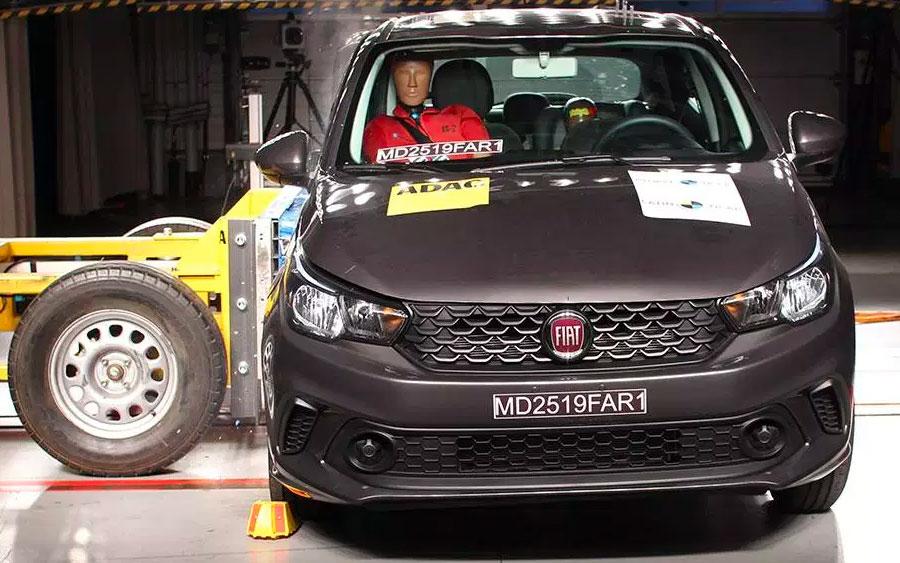 Fiat Argo e Cronos levam três estrelas em segurança