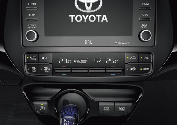 Toyota Prius 2019 - Central Multimídia e Ar Condicionado Dual Zone Digital