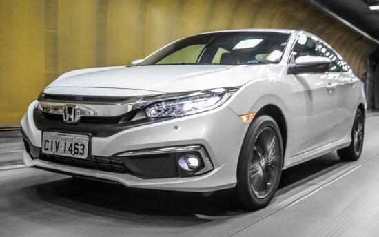 Honda Civic chega à linha 2020 com novidades de design